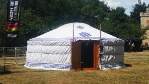 The storytelling Yurt for the Night of Festivals