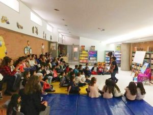 Wendy Shearer storytelling in Colombia